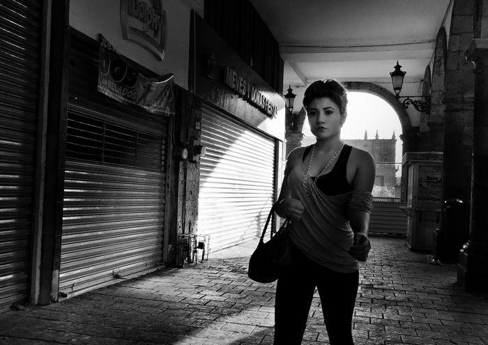 I Love My City Monochrome Street Portrait Blackandwhite Photography Street Photography Streetphotography Urban Photography Blackandwhite Black & White Streetphotography_bw