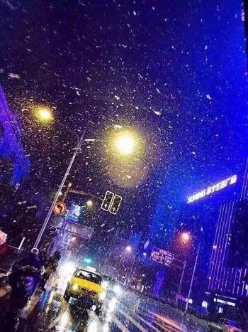 南京路上的雪