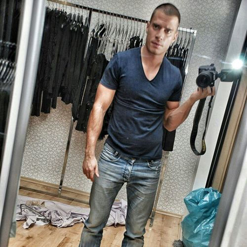 Diesel Vneck Photo Nikon jeans fit health model definition sport miror