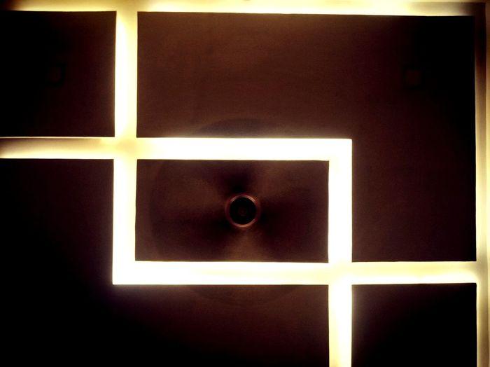 Fan Cealing Light And Shadow Light Close-up