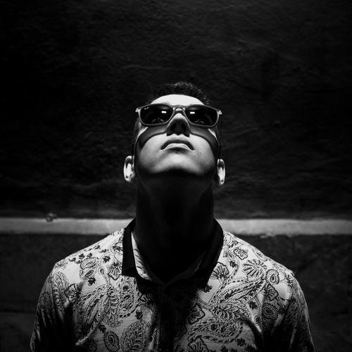 GLASSES&EYES Portrait Headshot Close-up Wearing Disguise Eyelash Sunglasses Venetian Mask Eye Mask Mask - Disguise Human Eye Face Guard - Sport Carnival Superhero Vision Eyesight Eyebrow Head And Shoulders Dressing Up Carnival - Celebration Event Iris Cape  Gas Mask Trick Or Treat Clown Iris - Eye Animal Imitation Eyelid Mask Holy Week HUAWEI Photo Award: After Dark