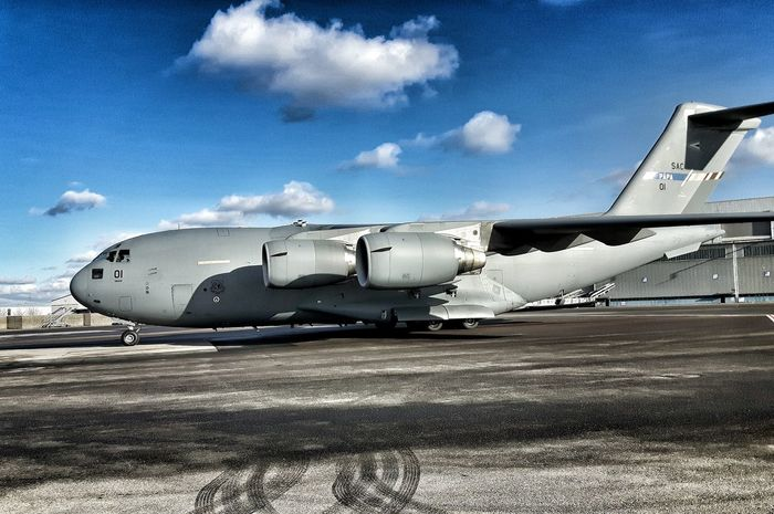 Airport Aircraft Samsungphotography Showcase: February Göteborg, Sweden C17 Airplane Shot Airportphotography Airforce On The Ground Airside Apron Wintertime Clouds And Sky Globemaster