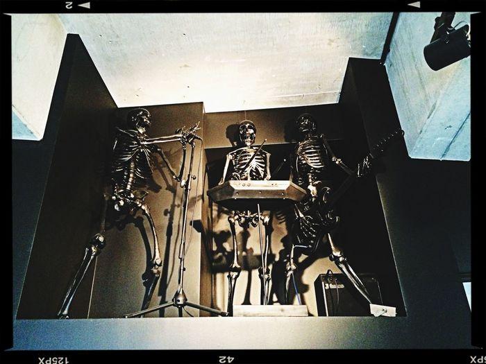 @DJ Hells Room