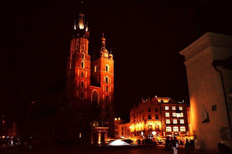 Kraków night Night Illuminated Travel Destinations Architecture Clock Building Exterior Outdoors Krakow Poland Krakow,Poland Krakowpoland Staremiasto Saint Mary's Cathedral Kraków, Poland