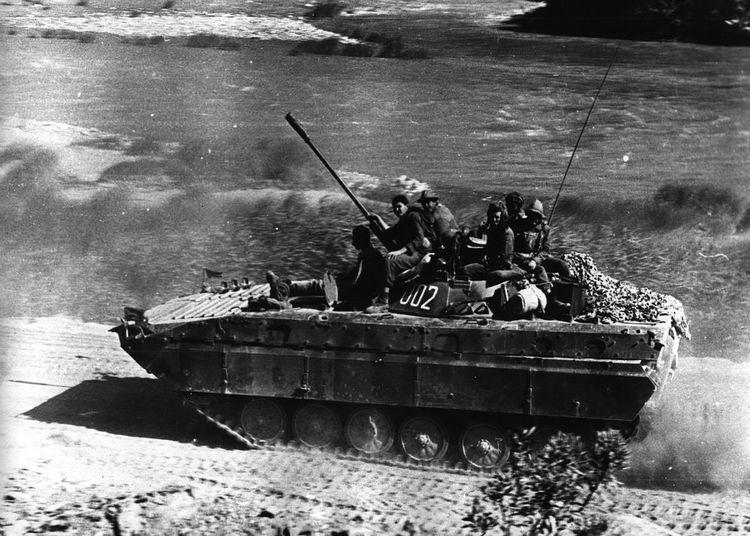 Black & White Udssr 35mmfilmphotography 1985 Millitary СССР ОКСВА афганистан БМП-2 Mountain охранение