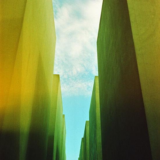 Berlin Berlin Photography Mahnmal Für Die Ermordeten Juden Europas Stelenfeld Berliner Ansichten Day Holocaust Memorial Holocaust Memorial Berlin Mahnmal No People Sky
