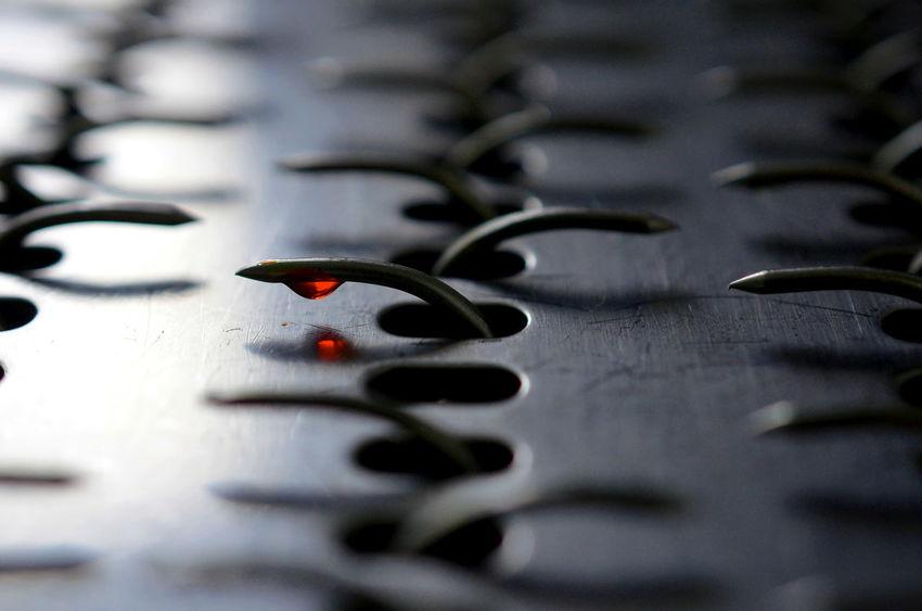Macro Stahl Abstrakt Stahlspitzen Blut Rot Metallic Metal Metal Art