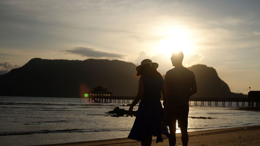 Beauty In Nature People Sunset Nature Langkawi Beach Life Water Silhouette Adults Only Outdoors Sky Real People Adult Only Men Day Happy People FUJIFILM X-T1