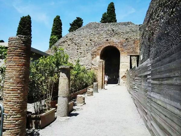 Italy Traveling Travelling Pompeii  Taking Photos