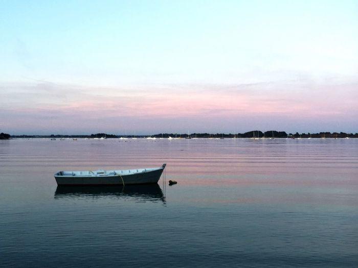 Un bateau de pêcheurs, dans le Golfe du Morbihan, à Arzon, 56640 France... Tanguy Famin Nature Hello World France Golfe Du Morbihan Bretagne ARZON Shalom First Eyeem Photo