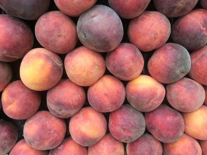 La merienda. Market Stall Market Stall Market Food Market Stall Fruit Fruit Food Supermarket Peachy Peach Peachs Peaches Peach Stall Peaches Stall