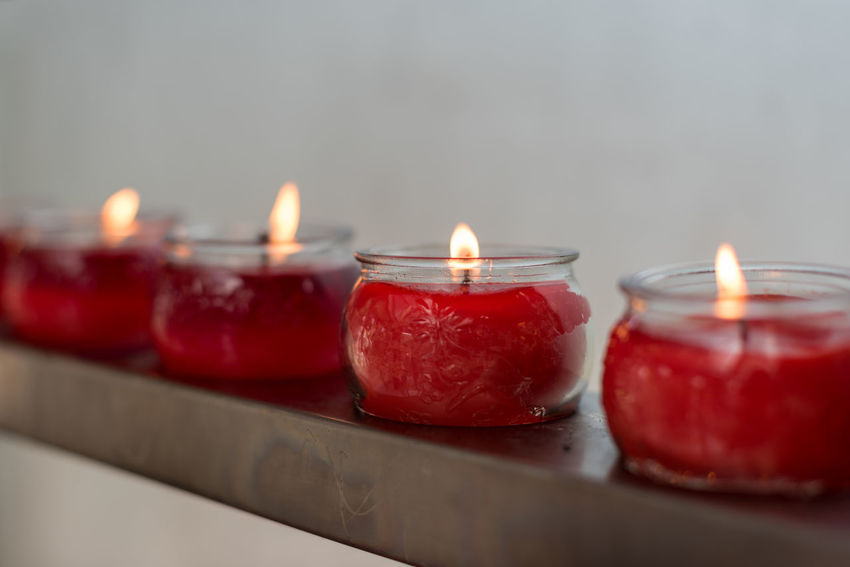 fire Candle Burning Fire Flame Red Fire - Natural Phenomenon Illuminated Heat - Temperature Indoors  No People Freshness Nature Food And Drink Close-up Selective Focus Food Table Glowing Still Life Fruit Tea Light