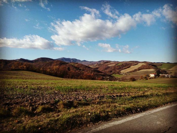 Tabiano castello, Novembre 2017Agriculture Rural Scene Valley Cloud - Sky Landscape Autumn No People Sky Field Roadtrip Nature Sunlight Hills