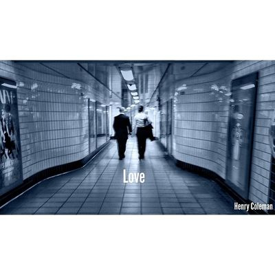 Live.Love.BeHappy ❤️ Lovelondon London London_only Londonpop London_only_members Igerslondon Ig_london Ig_england Ig_europe Guesstination Streetshot_london Internationalgrammers Icu_britain Streetshot_london TransportForLondon Londonunderground Tube Train Underground Unsung_masters 16x9