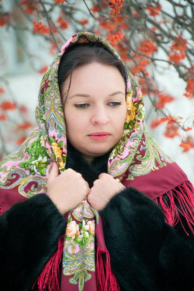 Beautiful Retrato Beauty Pañuelo Russia Scarf Siberia Russian Girl Russian Woman One Person Rowan Portrait Guapa Winter Mujer Rusa Chica Rusa Russian Style Estilo Ruso Young Women Beautiful Woman Young Adult One Woman Only Only Women People Adult