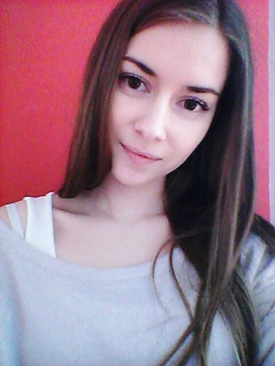 Me Myself Me Myself And I Long Hair Big Eyes No Makeup Beautiful Day Keep Calm And Be Happy Selfie MondaySelfie