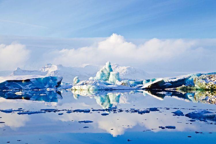 EyeEm Selects EOS 6D EF 24-105mm Iceland Jökulsárlón EyeEmNewHere First Eyeem Photo Glacier Nature Landscape Sky Ice Water Cloud - Sky Winter Iceberg - Ice Formation No People
