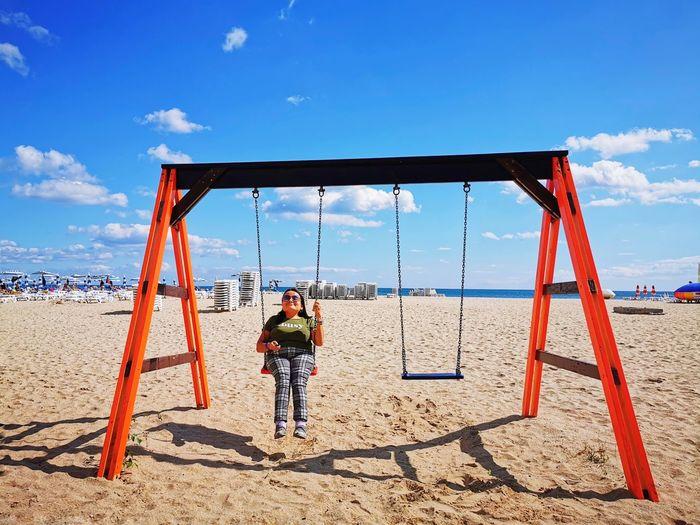 play Beach Full