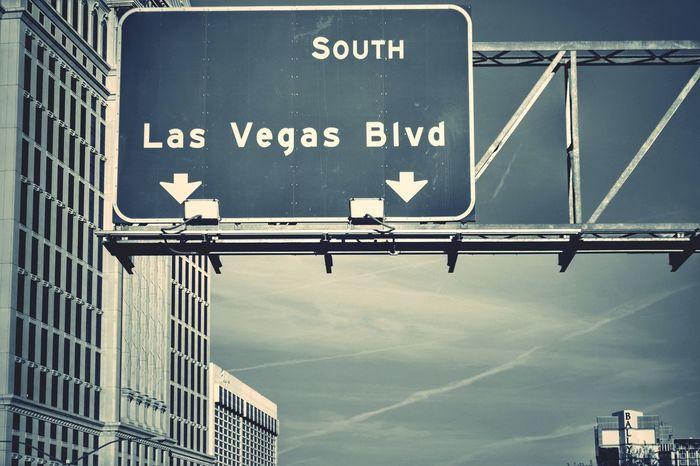 On The Road.. Nevada Lasvegas usa #igersusa #ig_unitedstates #rockin_shotz #just_unitedstates #insta_crew #gf_usa #nature #rsa_rural #instagramhub #allshots_#world_shooters #insta_america #ig_captures #centralfeed #webstagram #ic_landscapes #wonderful_america storyofamerica instagra Usandtripod Text Blackandwhite Photography Fotografia Travel Destinations Photography Viaggio Silence Moment Blackandwhite Landscape No People Viaggintornoalmondo Ontheroad