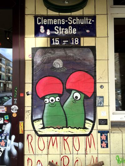 Sope Hamburg St. Pauli Streetart Streetphotography Photo by Sputnika SopeStreetArt