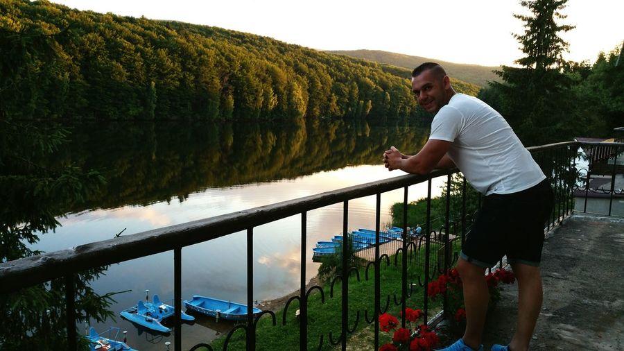 Trei ape (România) El Paraiso
