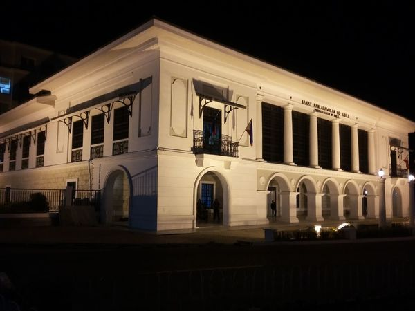 Mobilephoto Taking Photos Check This Out The restored iloilo capitol Eyeem Philippines