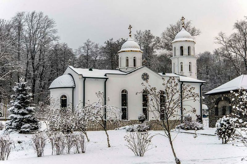 храм Церковь православие зима снег Россия Осетия монастырь Popular Photos Travel Travel Photography Church Orthodox Snow Winter Sky