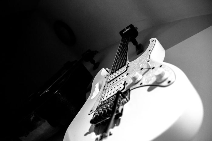 Guitar Electric Guitar Ibanez Guitars Ibanez Strings Stringed Instrument Black And White Music Musical Instrument Musical Instrument String Arts Culture And Entertainment Musical Equipment Indoors  String Instrument Fretboard No People Close-up Playing Bass Instrument Day
