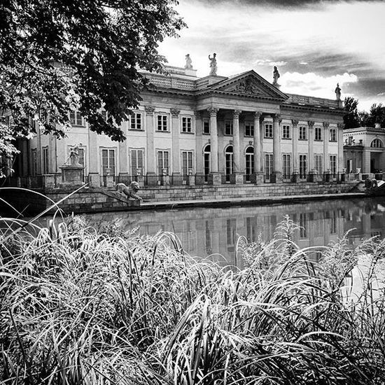 Palac Lazienkowski Lazienki Royal Palace Warsaw Poland Capital City Blackandwhite Nexus5 Summer Holidays Lake