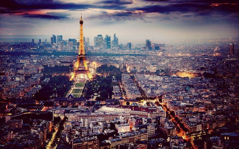 """PARIS :""""3"""