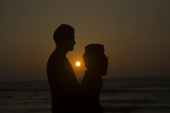 couples Shadow Playing With Light Evening Sunset Beach Couples Couple Wedding Wedding Photography Couples At Beach Beachphotography Beach Photography Playing With Sun Couple In Sun Silhouette Lovely Couple Islamic Couple Silhouette Sunset People Beach Adults Only Outdoors Love Yourself