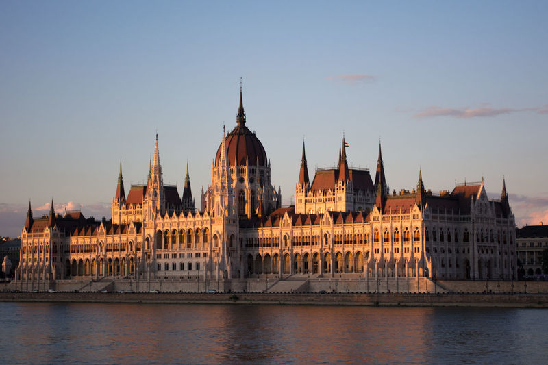 Crepuscular Light End Of The Day Calm Crépuscule Sunset Budapest Hungary
