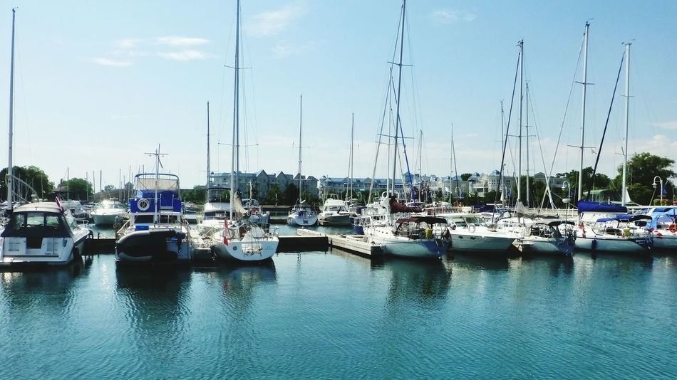 Reflections In The Water Reflections And Water Lake Outdoors Outdoors Photograpghy  Summer Boats Boats And Water Boats Boats Boats Marina Water_collection Waterfront Boats In A Line Boats On Lakes