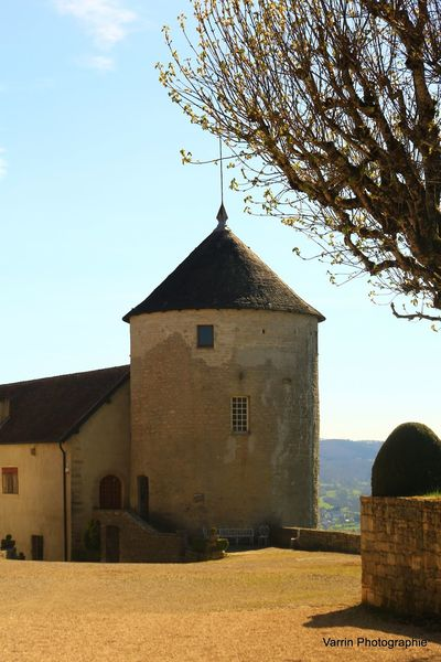Vue sur Château de Belvoir (25) France Belvoir Belvoircastle Castle Chateaux Château Château De Belvoir Franche-comté Franchecomte Monument Touristique