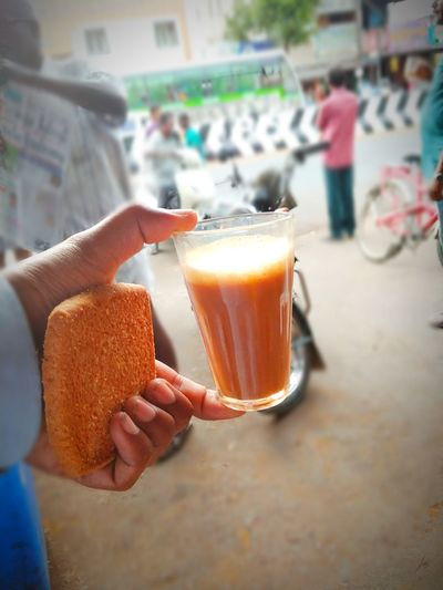 Tea and biscuit !! Biscuits🍪 Biscuits Relaxing Leasure Activity New City Morning Rituals Market Marketplace Tea - Hot Drink Tea Time Tea Cup Tea Is Healthy Snack Time! Hot Beverage Winter Larger Than Usual Tea And Biscuits Beverage Indian Beverage Tea Refreshment Hot Village Life Human Hand City Holding