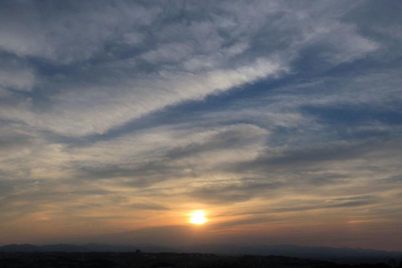 Cloud Cloud - Sky Sundog Lovely Weather EyeEm Nature Lover Landscape 大気光学現象 Sun Dogs In The Sky Sunset Beauty Multi Colored Sun Sunlight