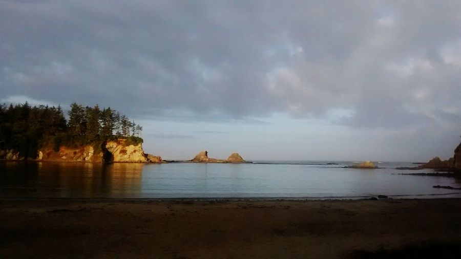 Good morning beautiful<3 Beach Water Cloud - Sky Landscape Travel Destinations Horizon Over Water Sea Sky Nature Reflection Beauty In Nature History Tranquility Scenics Oregoncoast Oregonlove