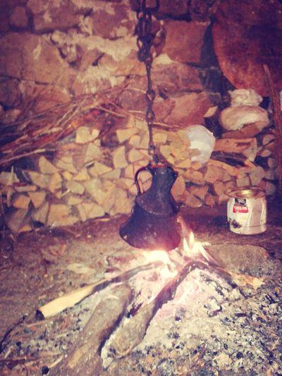 ateş le cay yapmaya çalışıyorum Picnic