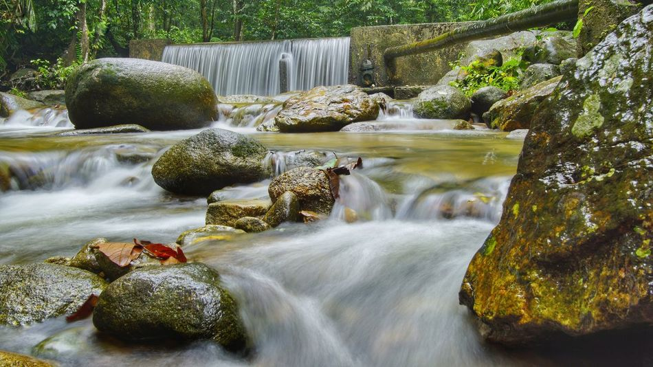 Long Exposure Outdoors Beauty In Nature Tree No People Waterfall Motion Water Rock - Object Day Nature Slowshutter Stone - Object Trees Nature_collection The Week On EyeEm EyeEm Waterfalls Eye4photography  EyeEm Best Shots EyeEm Nature Lover Flowing Water Waterfalls💦