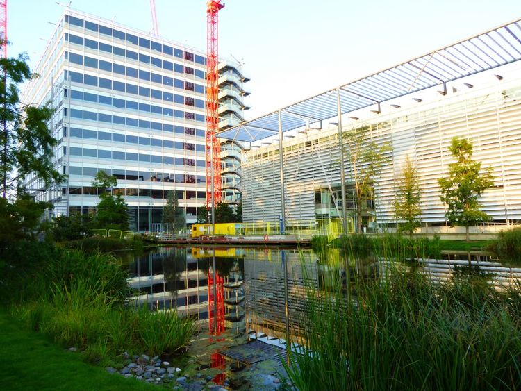 Chiswick Chiswick Business Park Reflections In Water Architecture Amazing Buildings Hidden Gems  London LONDON❤