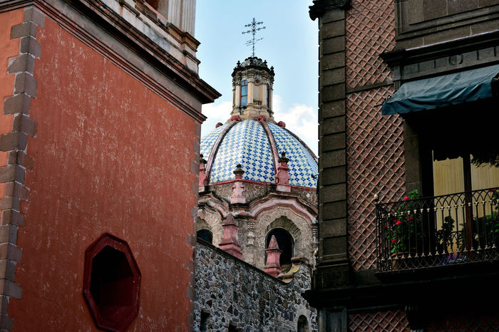 Church EyeEmNewHere Historical Building Mexico San Luis Potosí Architecture Building Exterior Built Structure City Colonial Architecture Day Low Angle View No People Outdoors Religion Sculpture Spirituality Travel Destinations