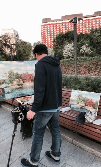 Artist Creative Space Creativity Moscow Muzeon Art Building Exterior Built Structure City Full Length Hobbies Leisure Activity Lifestyles Men Moscow Life Muzeonpark One Person Outdoors Painting Picture Real People Standing Young Men The Street Photographer - 2018 EyeEm Awards #urbanana: The Urban Playground