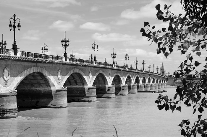 Endless bridge Pontdepierre Check This Out City View  Bridge Bordeaux Photooftheday Beautiful EyeEmbestshots Eye4photography  Fresh On Eyeem