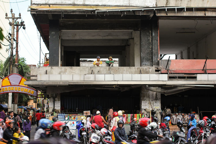 INDONESIA Indo Java Assia Culture Culture Of Indonesia People Traveling Travel Travel Destinations Travel Photography Streetlife Street Empty Building View From Above View From The Top Chaos