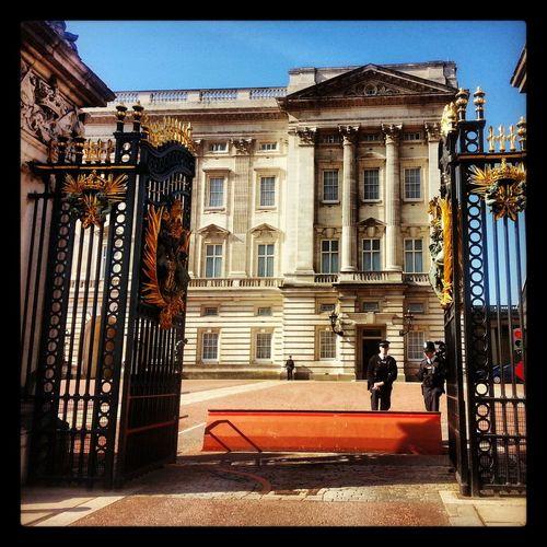 ♡ Buckingham Palace London United Kingdom. ^^