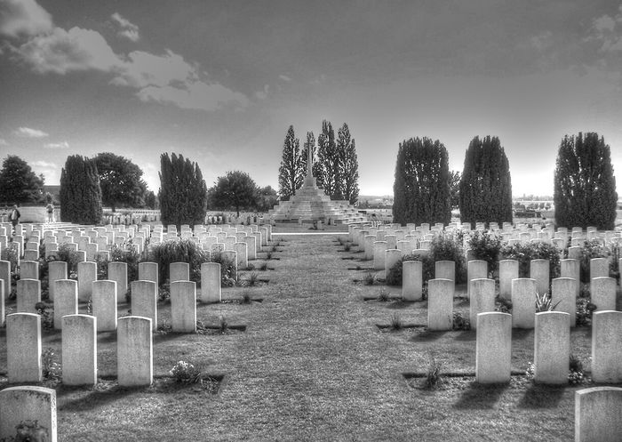 ArmisticeDay WW1 Centenary Armistice Black And White Cemetery Day Grave Gravestone Graveyard In A Row Memorial Military Nature No People Outdoors Sacrifice Sky Tombstone World War 1 Ww1