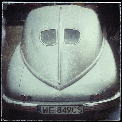 I tył mojego ulubieńca: Tatra XII Rajd BGC Pojazdów Zabytkowych Żyrardów Poland And the backsideview if my favourite car mobilnytydzien carporn youngtimer oldtimer heritage tatra czeskoslovensko Przysięgam, że to już ostatnie zdjęcie z tej serii, ale nie mogłem sie powstrzymać ;-)