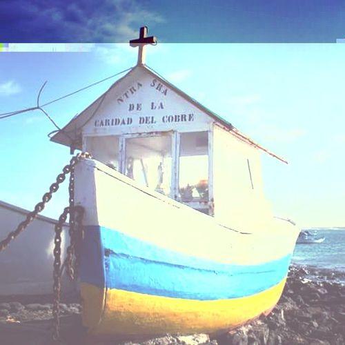 Fuerteventuraexperience Fuerteventuraontheroad Travel Viaggiareconibambini España Ilovecanarie Canarie Isolecanarie Islascanarias Eljablito Fuerteventuraontheroad Fuerteventura Chiesette Chiesettasullabarca Church Churhboat Iglesitas Iglesia