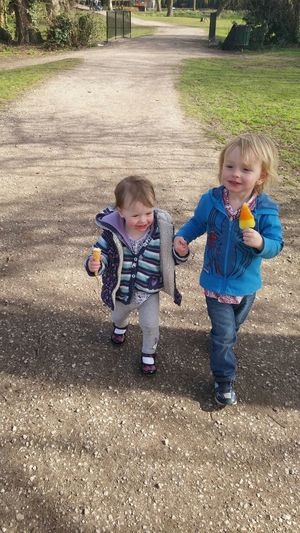 Owenandfaye Owen Faye Fayebow Holding Hands Brother & Sister Love Ice Cream