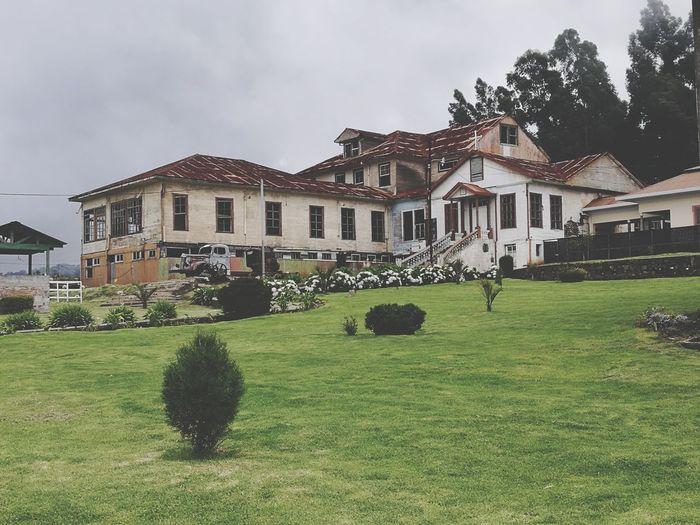 Sanatorio Durán Old Buildings Sanatorio Durán  Cartago,Costa Rica Tuberculosis Hospital Ruins Detached House